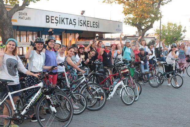Bisiklet dünyasının erkek fotoğrafını bisikletli kadın toplulukları değiştiriyor