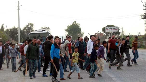 Halkların Köprüsü Derneği'nden Torbalı'da saldırıya uğrayan Suriyelilere destek kampanyası