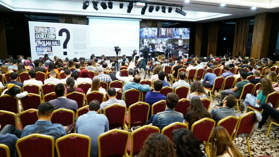 Habitat Derneği'nin Açıkladığı Türkiye'deki Gençlerin İyi Olma Hali Raporu'na Göre Gençler Gelecekten Umutlu