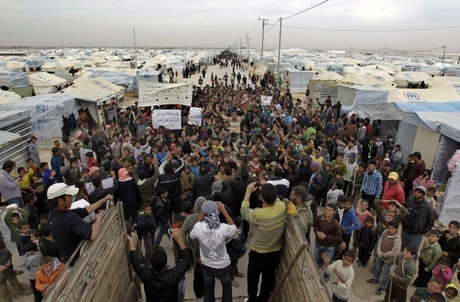 İnsan Hakları İzleme Örgütü: Suriye'ye Söz Verilen Milyonlarca Dolarlık Bağış Yerine Ulaşmadı