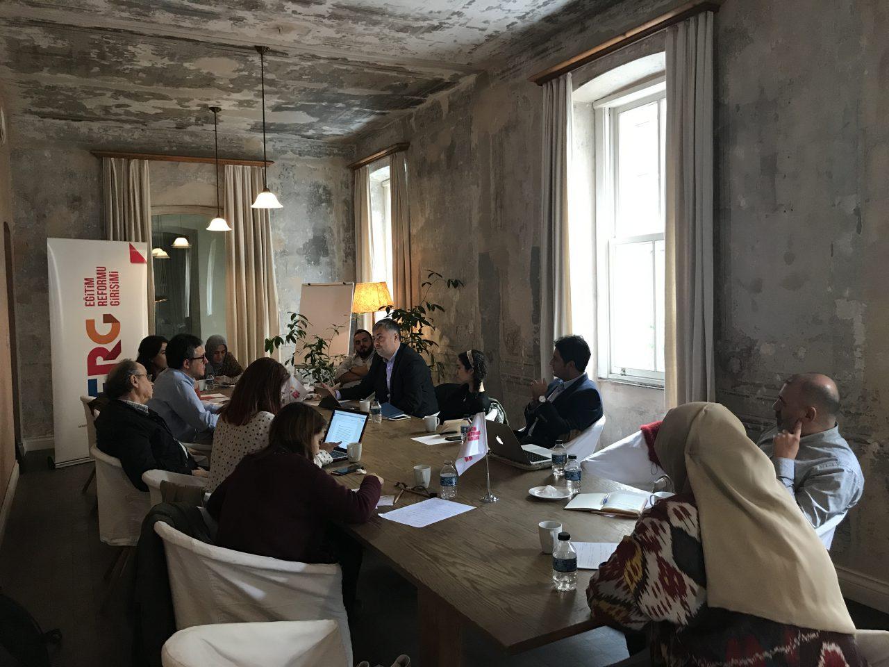 ERG ve Sivil Sayfalar iş birliğiyle TEOG Yuvarlak Masası