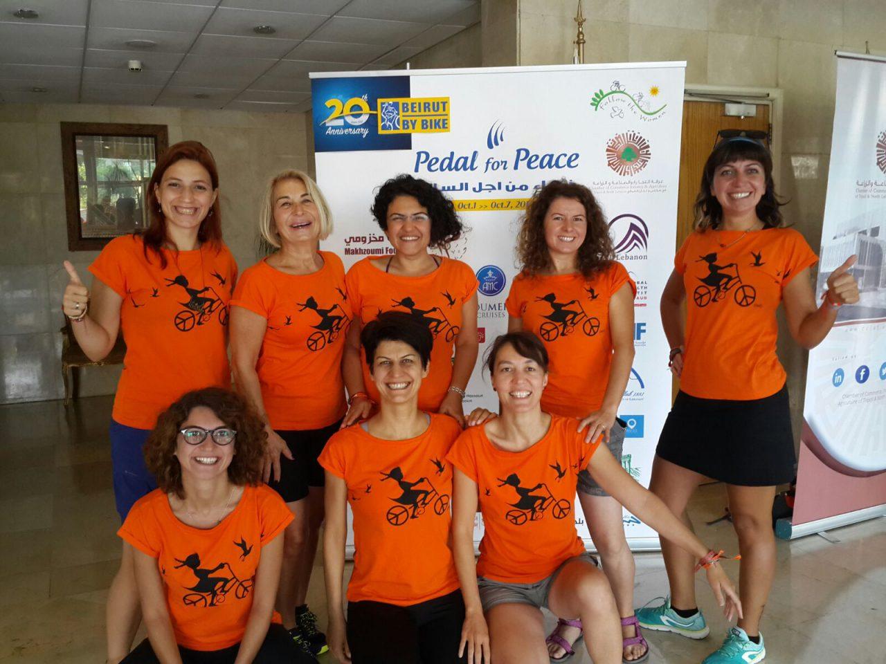 Türkiye'den sekiz kadın barış İçin Lübnan'da pedal çevirdi