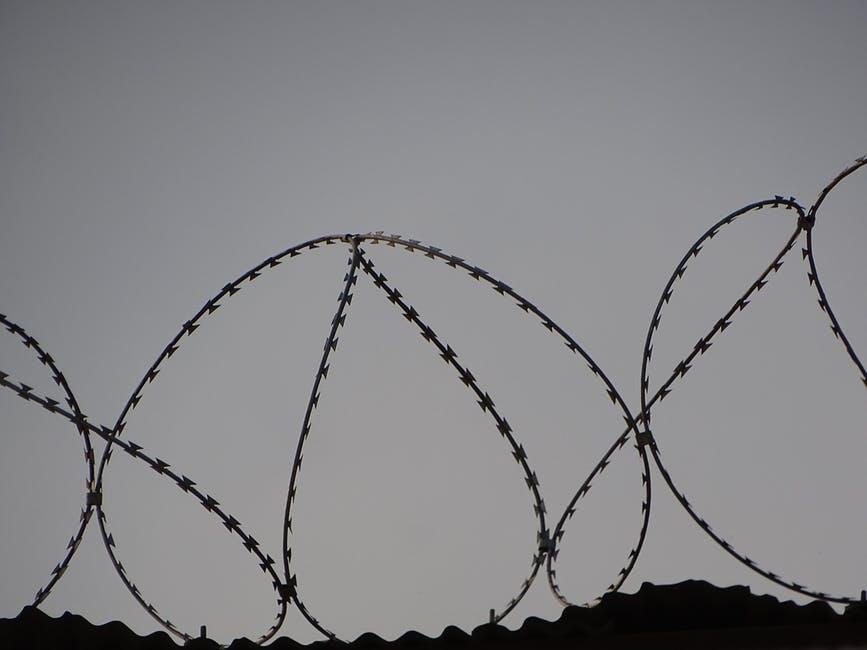 Hapishanelerin en görünmez mahpusları: Kız çocukları ve LGBTİ'ler
