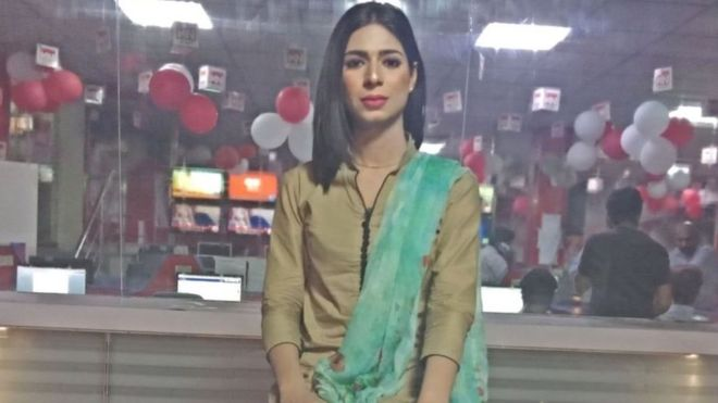 Marvia Malik: Pakistan'ın ilk trans spikeri