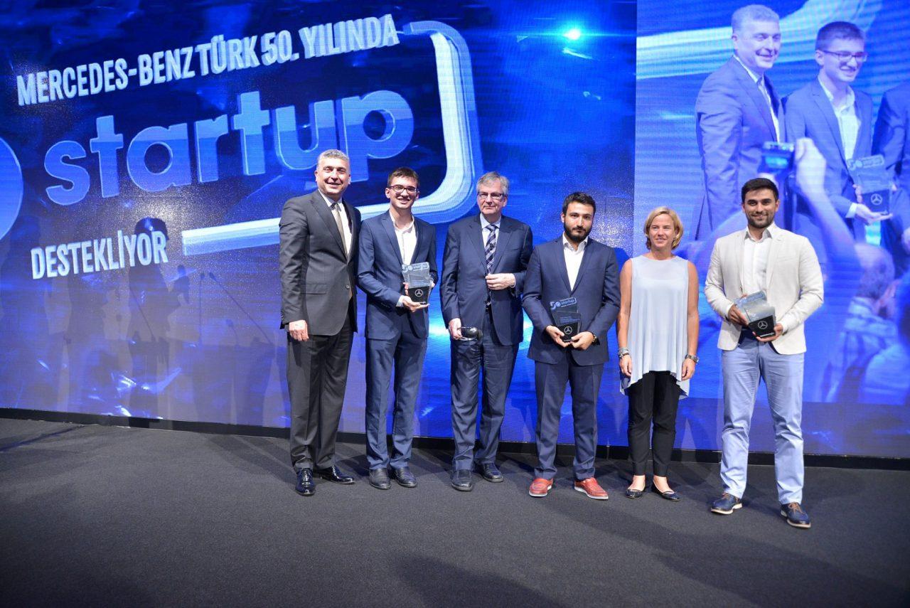 Mercedes-Benz-Türk_50.-Yılda-50-Startup-Yarışması-Kazananları_Fotoğraf-1280x855.jpg