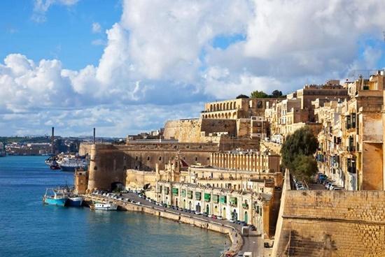 Malta-old-town-fortress-city-xlarge.jpg