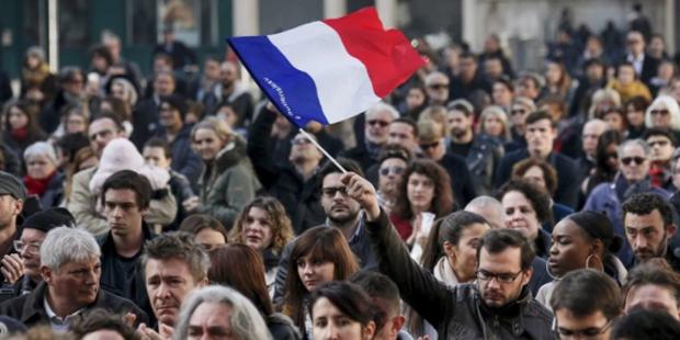 Fransa'nın 'Irk' Kelimesini Anayasadan Kaldırma Hamlesi Tehlikeli