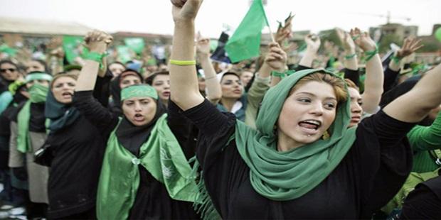 İran'da Kadınların Öfkesi Örgütlü Güce Dönüşüyor