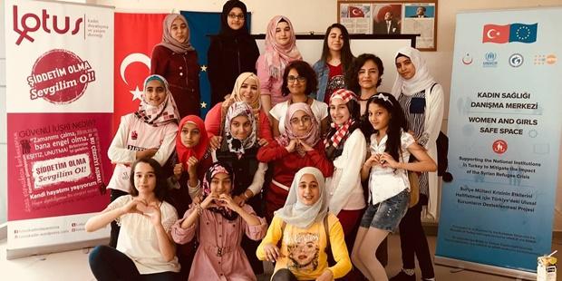 Lotus, Kocaeli'de Kız Çocuklarına Eğitim Veriyor