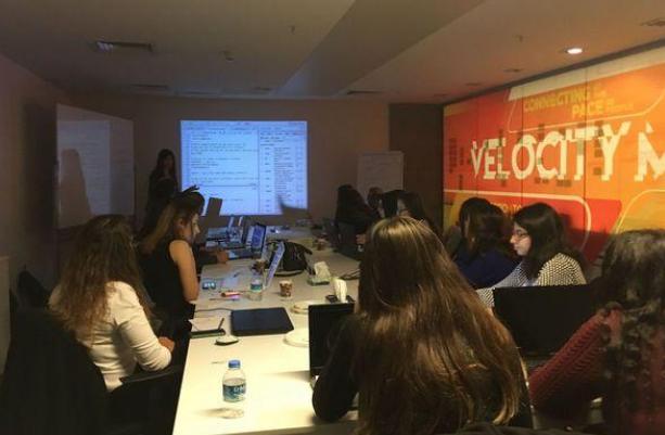 R Ladies: İstanbul'un Kadınlar için ilk R Programlama Topluluğu