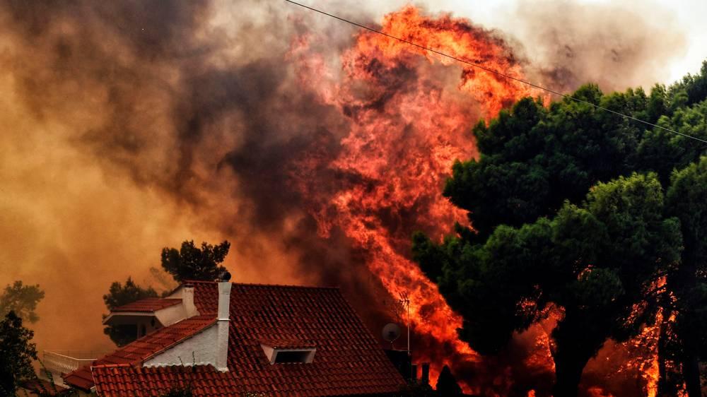Yunanistandaki-orman-yanginlarinda-20den-fazla-kişi-hayatını-kaybetti.jpg