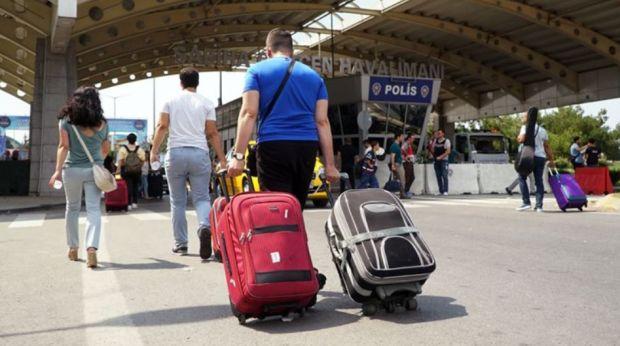 Türkiye'den Yurt Dışına Gidenlerin Sayısı Yüzde 42'lik Artışla 253 Bin Kişiyi Buldu