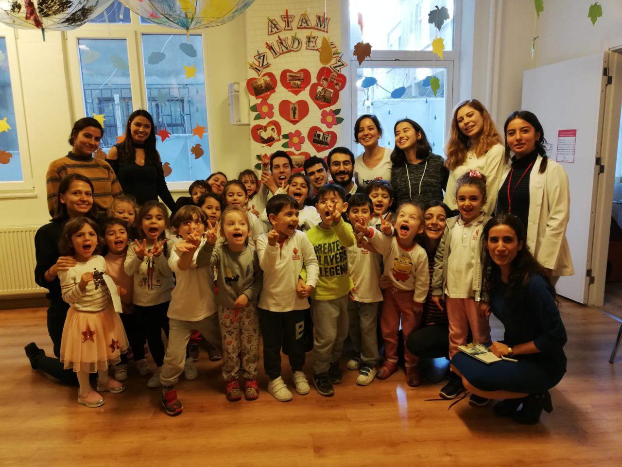 Demokrasi, Hak Gibi Soyut Kavramları Somutlaştıran Proje Çocuk (H)aklı