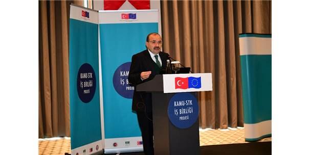 """""""Sivil Toplum Günleri"""" Trabzon'da Başladı"""