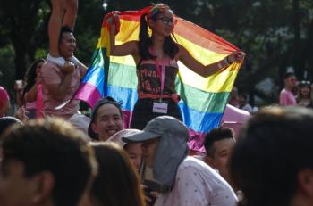Hindistan'dan Sonra Singapur'da Da Ateşlenen Eşcinsel İlişki Yasağına Karşı Mücadele Yasada Değişiklik Konusunda Israrlı