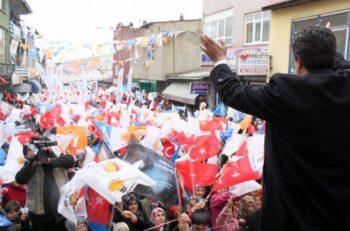 """""""Ne İnkar, Ne İtiraf, Bu Yalnızca Sitem"""": AK Partililerin Şikayeti"""
