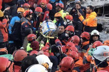 Elazığ Depremi'nde Hayatını Kaybedenlerin Sayısı 36 Oldu