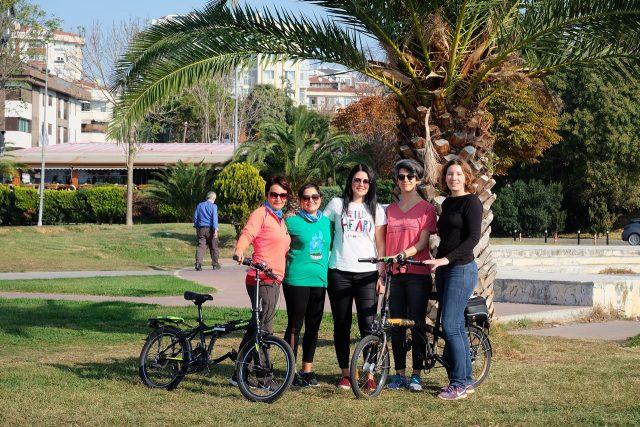 Bisikletli kadın kooperatifi