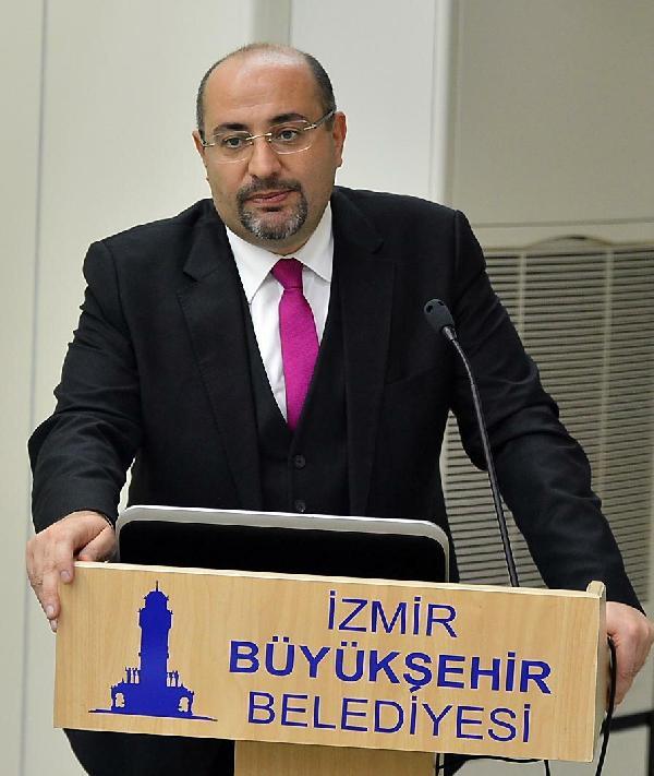 İzmir Büyükşehir Belediyesi Genel Sekreteri Dr. Buğra Gökçe