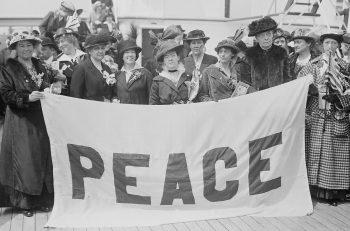 """Kadınlardan BM ve Üyelerine Çağrı: """"Kadınlar Barış ve Güvenliğin Tesisinde Yer Almalıdır!"""""""