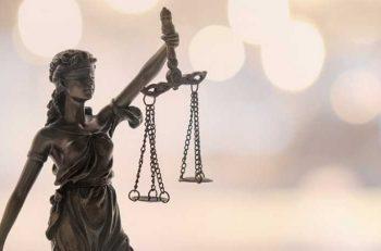 """294 STK """"Yargıda Acil Reform"""" Çağrısı Yapıyor!"""