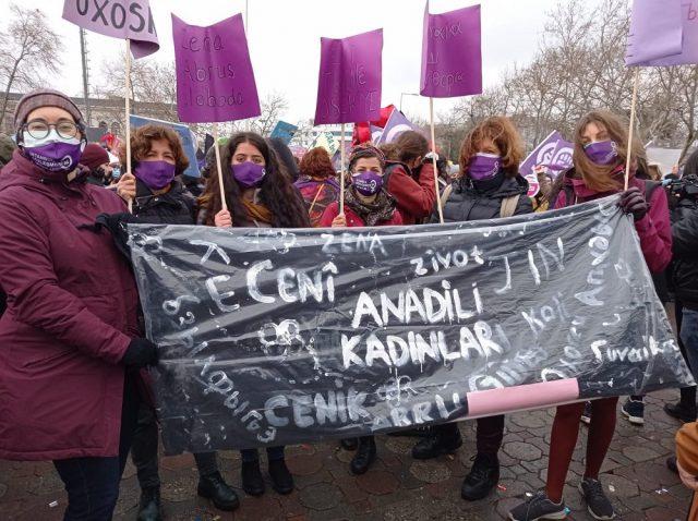 anadili kadınları